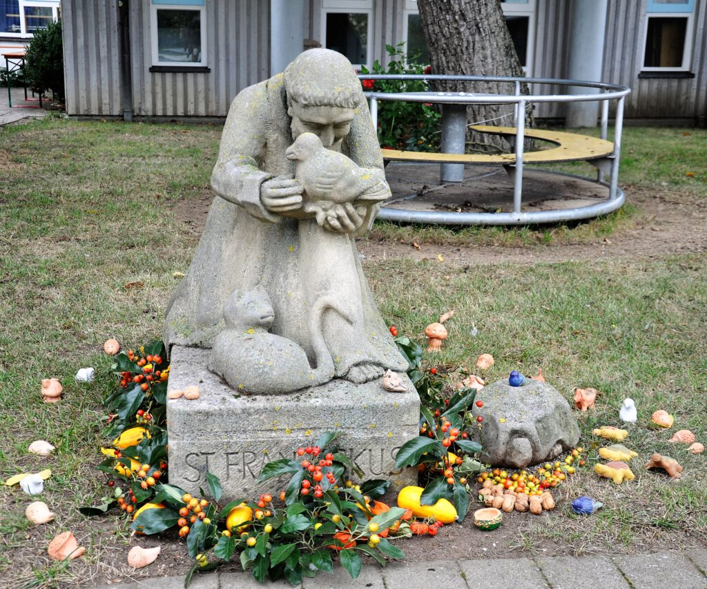 st-franziskus-statue